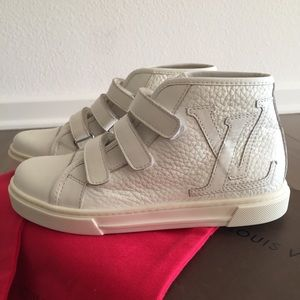 21ce2f20b365 Louis Vuitton toddler shoes
